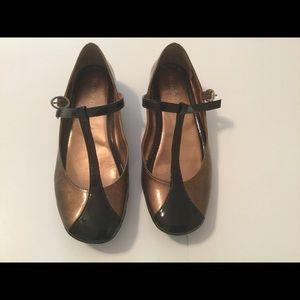 Michelle D Gold & Black Flat Shoes